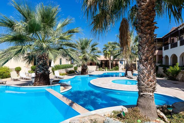 Panormo-[Best Price]Pool view apartment!