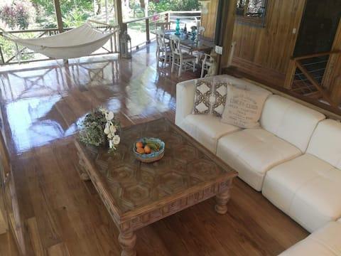 Villa Caribeña - Luxury Family Home by the Sea