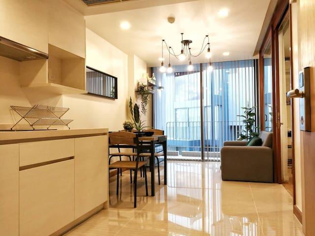 Cozy stay in mid of Sukhumvit Thonglor&Emquartier