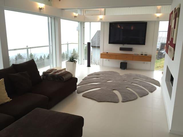 Zwei Etagen zum Entspannen - Batschuns - Apartamento