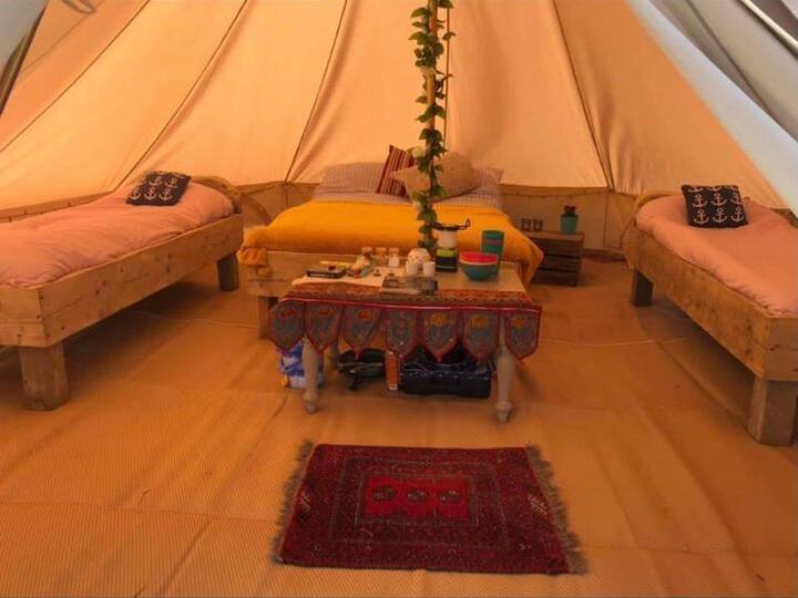 Whipsnade Glamping - Bell Tents - Wild Camping