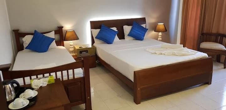 Mount Marina Villa No.12 Triple Room