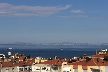Cozy Flat with a wonderful Sea view - Narlıdere - Wohnung