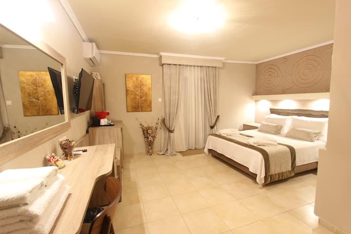Hotel Mallas Nea Kallikratia Junior Suite Thalia