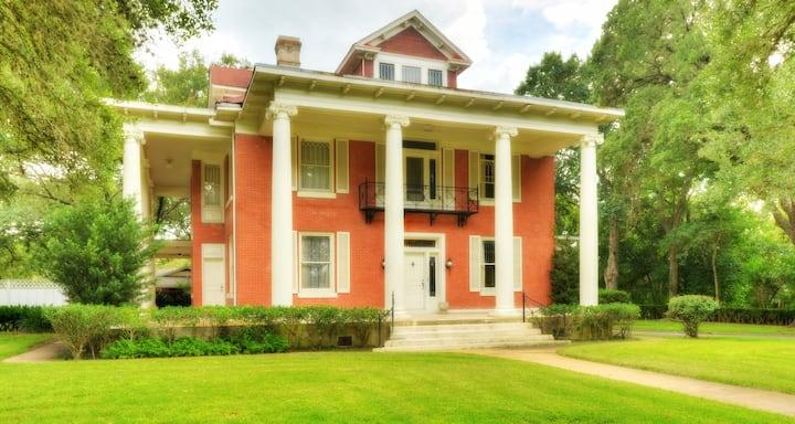 The Gonzales Mansion & Venue