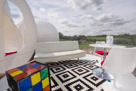 Barn Bubble tent