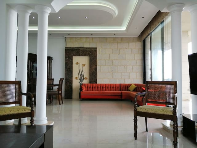 Beautiful 3BR Apartment for Families in Aley.