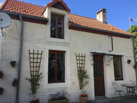 The perfect home from home in the heart of France.
