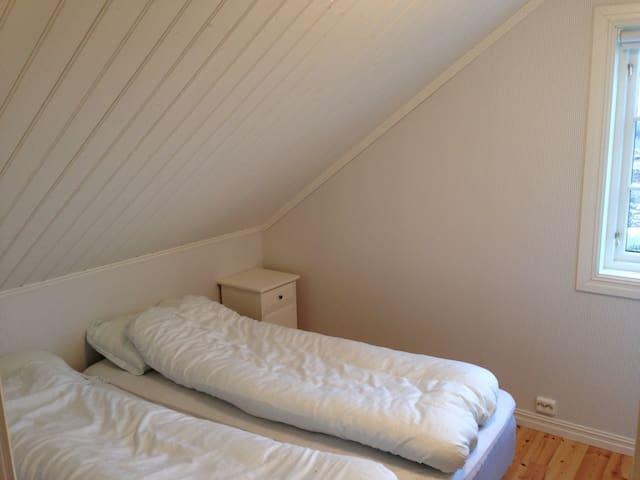 Main bedroom. 1 double (2 single) bed