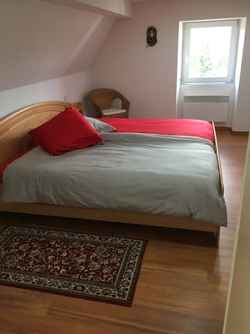 Appartement à la campagne - Lichtenberg - Apartamento