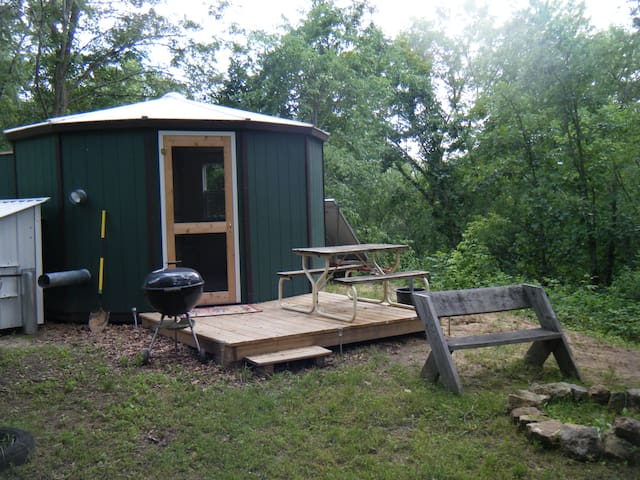 """Little Round Cabin on the Pine 1 - The """"Acorn"""""""