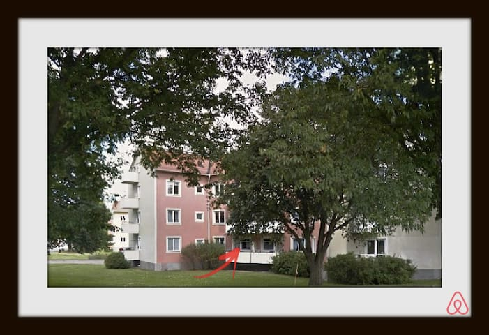 Live 10 min to Uni and towncenter! - Linköping - Apartmen