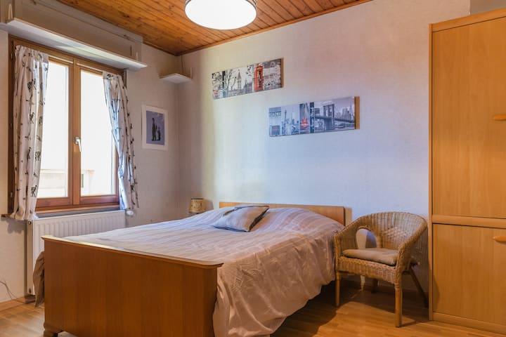 Chambre dans maison proche Colmar A