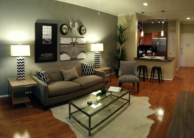 A place to call home | 1BR in Houston