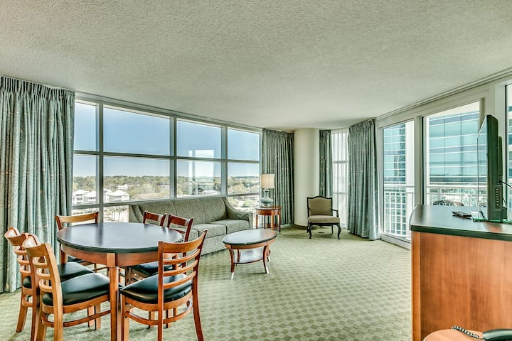 🌊Beautiful OCEANVIEW 2BR, 2BA on the 10th floor!