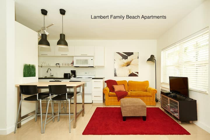 Snug, Beach: 0.2 mile, F.Lauderdale, 2 rooms