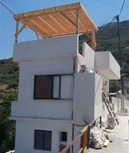 Crete village house in hills behind Elounda - Ev