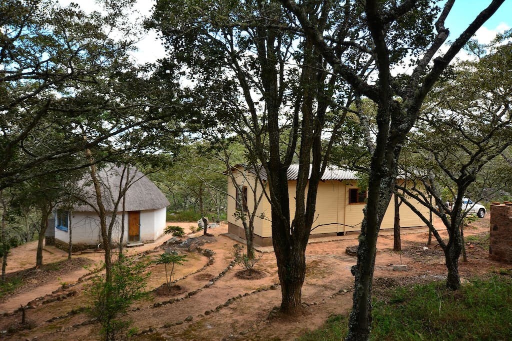 Self catering budget cottage in nyanga zimbabwe cabins for Beds zimbabwe