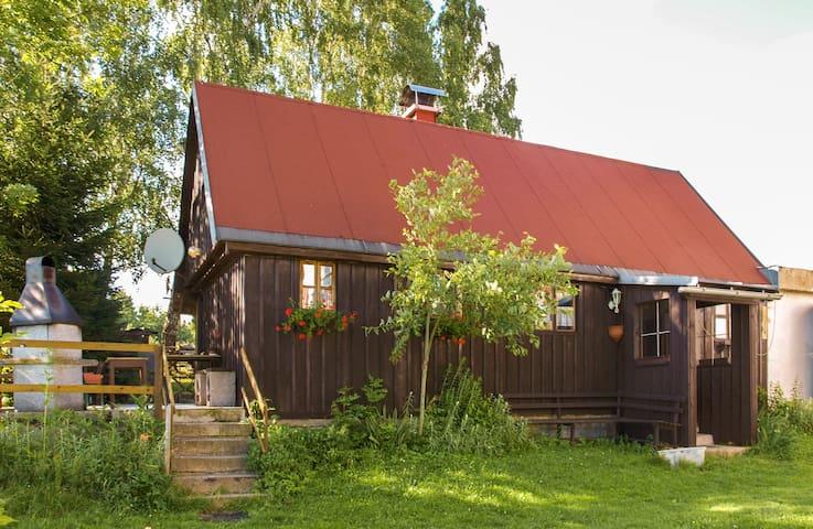 Hütte an der Villa Weisser