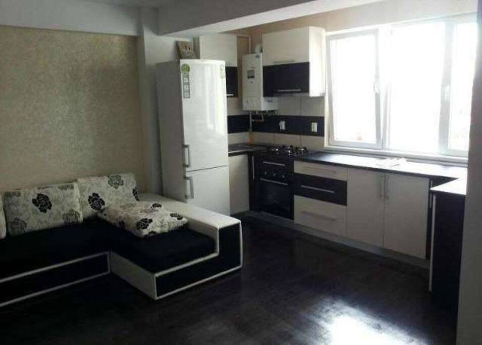 Sunshine apartament appartements louer ia i jude ul for Meuble roumanie
