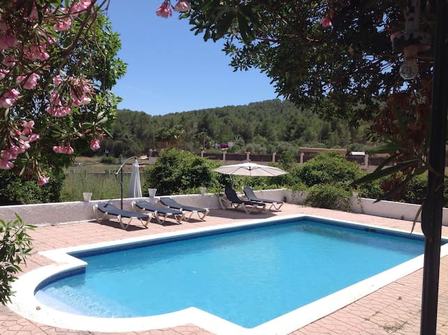 Room & swimming pool 1 - Sant Rafel - Villa