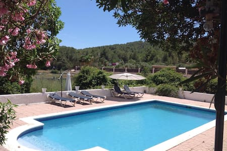 Room & swimming pool ... - Sant Rafel - Villa