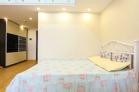 亦庄京东总部附近自家卧室大床出租,最好是女孩儿 - Apartemen