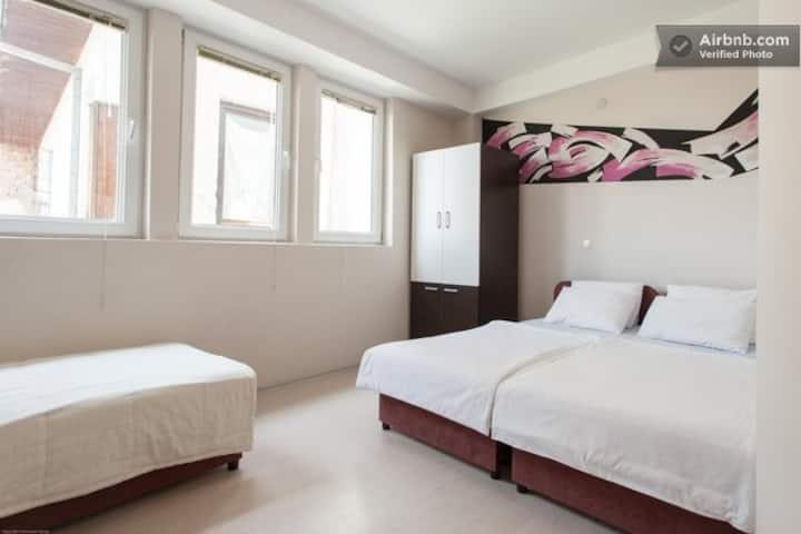 Pop Markov Apartments 2