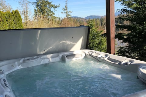 Otter Pond Hideaway ❤Private Hot Tub ❤Home Theater