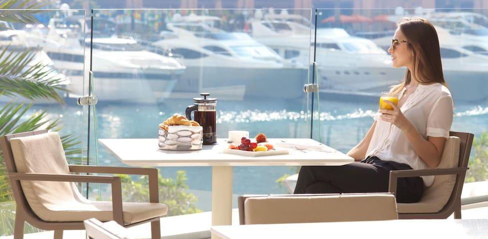 Amazing sea view master ladies apartment in Marina
