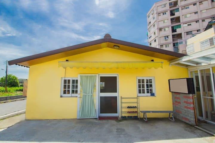 陽光威琪獨棟小木屋包棟