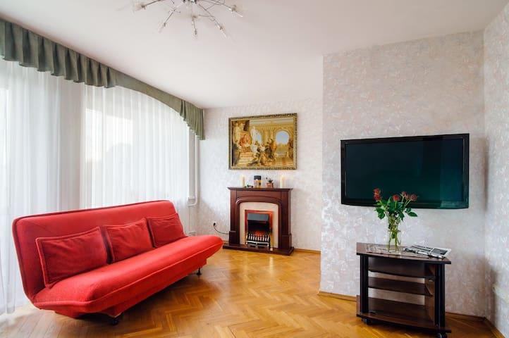 Комната на Маяковского 8 (3)