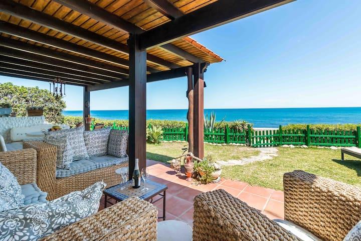 Beach Villa Dorada