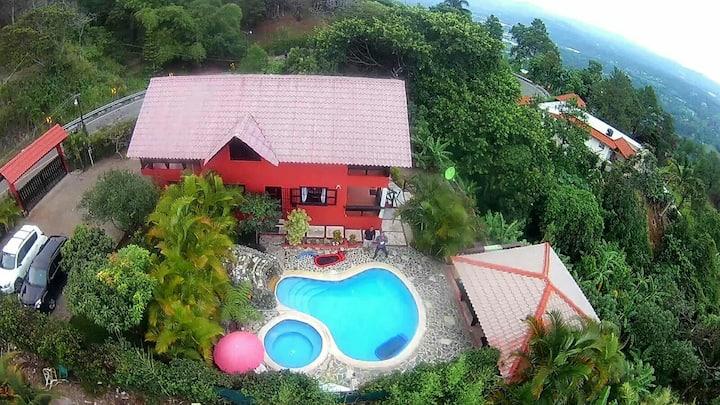 Vista del Valle Mountain Village, en Jarabacoa
