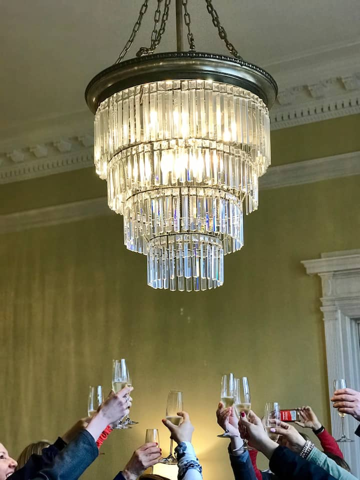 Cheers to the Gilded Age!