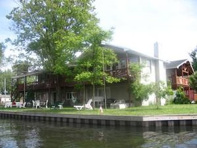 Chautauqua Lake Rental House