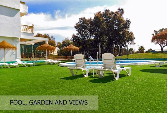 Gran Estudio en Roquetas Beach Village & Golf