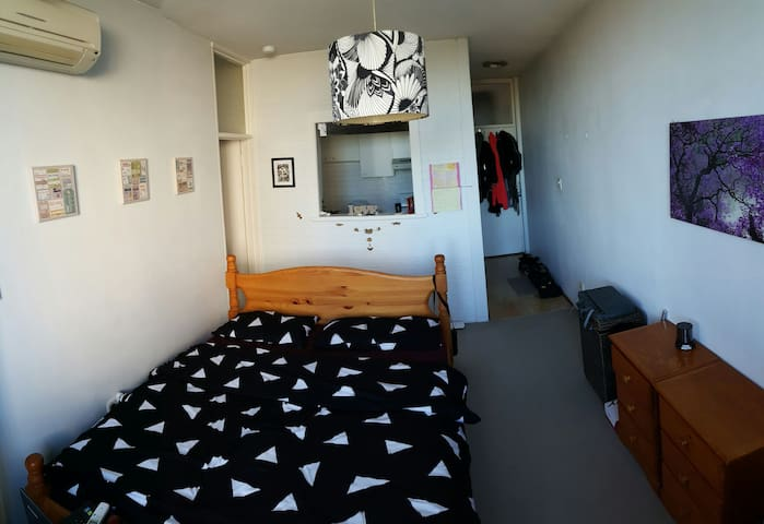 Perfect flat Great Location near city - Wollstonecraft - Huoneisto