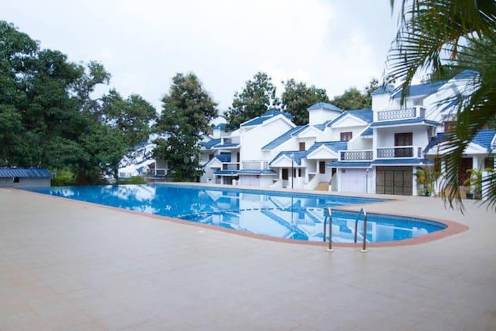 HomeAgain @ 2bhk poolvilla D2 - Siolim - Villa