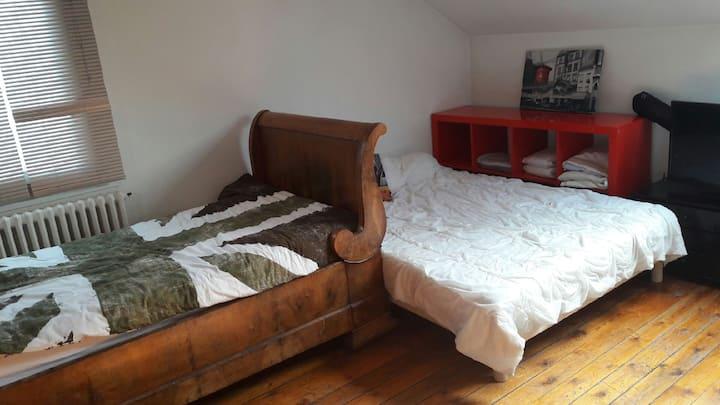 Ch confort de 25 m2 en s/pente loc moyenne durée