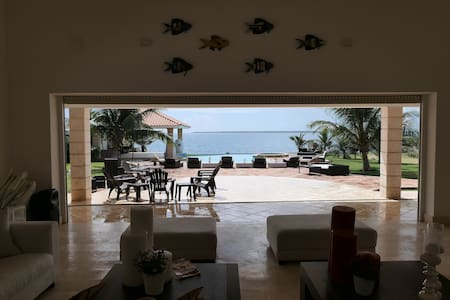 Beautiful oceanfront villa in private complex