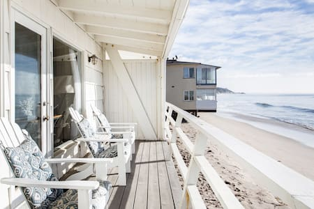 Malibu, Carbon Beach- Bungalow Twelve