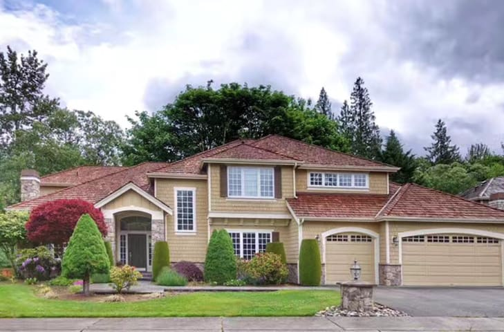 Sweet House near Lake Sammamish 湖畔之家