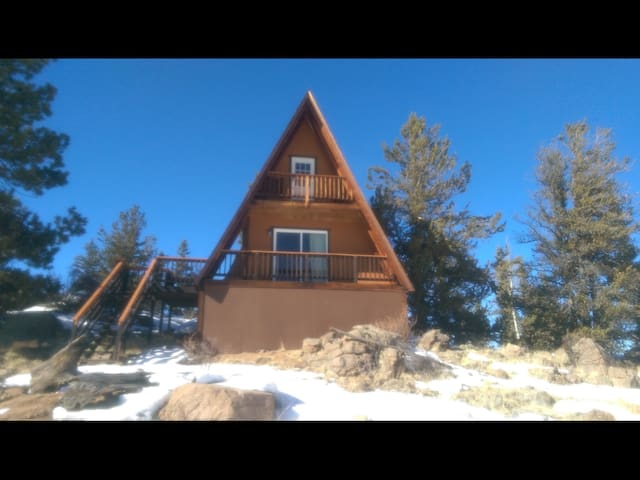 Rocky Mountain A-frame on 5 acres - Indian Hills - Kabin