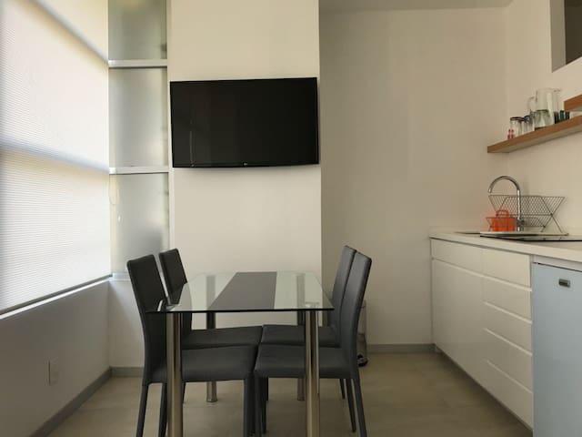 Suite Anahuac