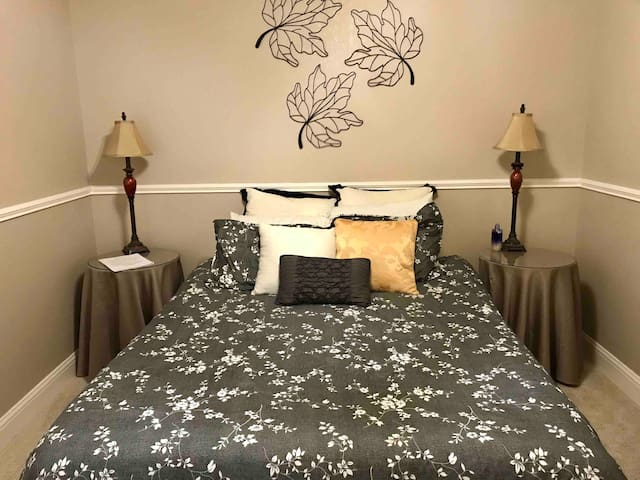 Private 5-Star Beautiful Room in Abilene