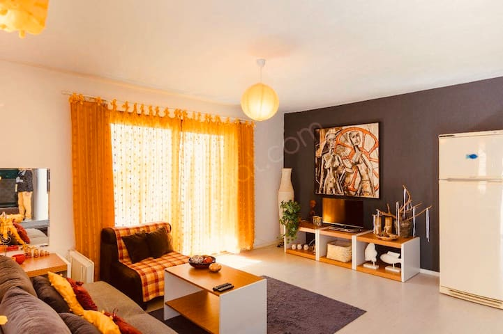 Peaceful apartment in Bodrum; 3 min to the  beach.