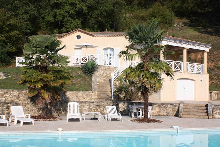 Agréable maison de vacances au coeur du Périgord - Daglan - House
