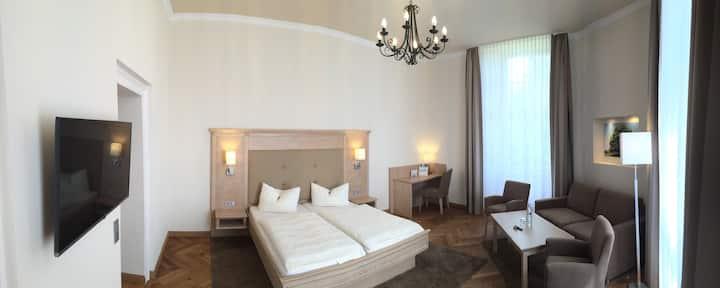 Vierbettzimmer-Ensuite im Jagdschloss Walkenried