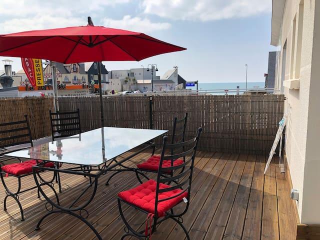 Appartement cœur du Passous +terrasse vue sur mer